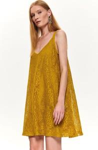 Żółta sukienka Top Secret w stylu casual