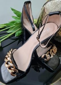 Czarne sandały Fason