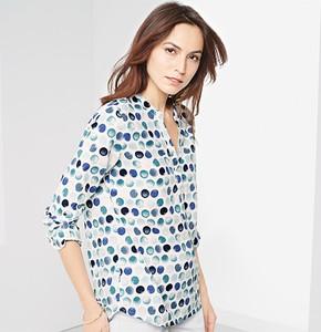02862029085f Niebieska bluzka Tchibo z dekoltem w kształcie litery v z długim rękawem z  bawełny