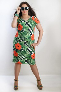 Zielona sukienka Oscar Fashion z krótkim rękawem z okrągłym dekoltem midi