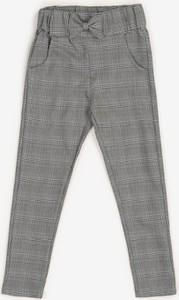 Spodnie dziecięce born2be w krateczkę