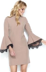 Różowa sukienka Makadamia z długim rękawem mini