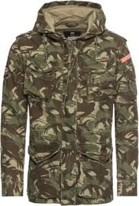 Zielona kurtka Superdry z bawełny w militarnym stylu