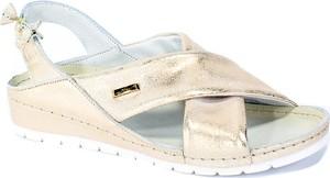 Sandały Lemar na średnim obcasie na koturnie w stylu casual
