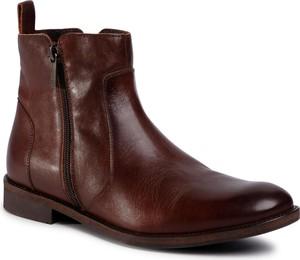 Brązowe buty zimowe eobuwie.pl na zamek