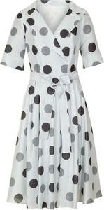 Sukienka Poza z krótkim rękawem midi kopertowa