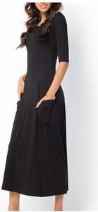 Czarna sukienka Meleksima w stylu casual