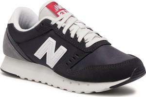 Czarne buty sportowe eobuwie.pl sznurowane z płaską podeszwą