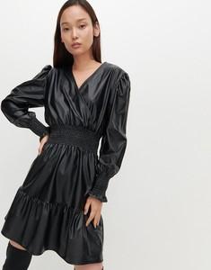 Sukienka Reserved mini ze skóry ekologicznej