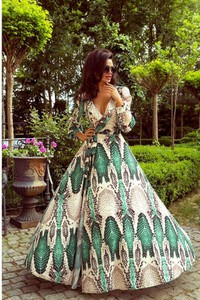 Sukienka Emo Sukienki z długim rękawem maxi
