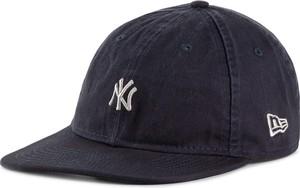Granatowa czapka New Era