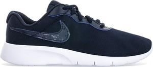 Buty sportowe Nike z płaską podeszwą roshe sznurowane
