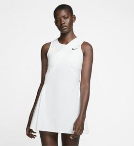 Sukienka Nike bez rękawów