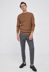 Brązowy sweter Selected z bawełny