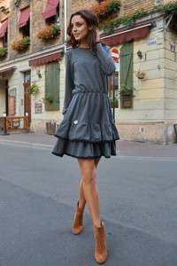 Sukienka Lemoniade z okrągłym dekoltem z długim rękawem w stylu casual