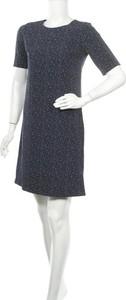 Sukienka Esmara z krótkim rękawem w stylu casual prosta