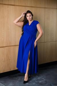Sukienka tono.sklep.pl z krótkim rękawem dla puszystych