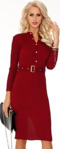 Czerwona sukienka MERRIBEL z dzianiny