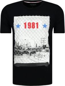 e2331c0a08cc0 T-shirt Guess Jeans z krótkim rękawem