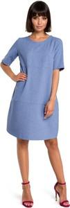 Niebieska sukienka Merg w stylu casual z okrągłym dekoltem