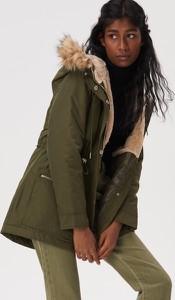 Zielona kurtka Sinsay długa