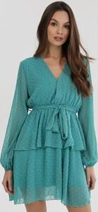Miętowa sukienka born2be z długim rękawem