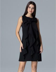 Czarna sukienka Figl bez rękawów trapezowa