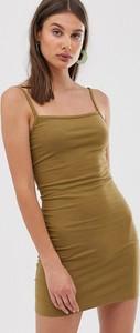 Zielona sukienka Weekday mini z dżerseju