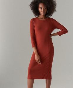 Czerwona sukienka Mohito midi