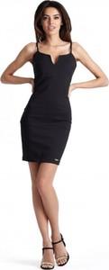 Czarna sukienka Ivon mini ołówkowa z dekoltem w kształcie litery v