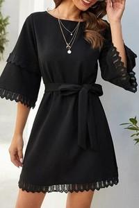 Czarna sukienka IVET z długim rękawem z okrągłym dekoltem