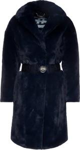 Granatowy płaszcz Guess