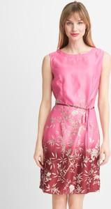 Różowa sukienka QUIOSQUE mini bez rękawów