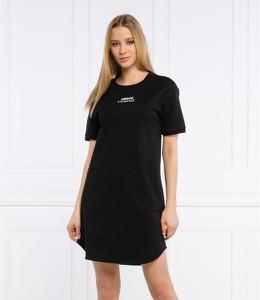 Sukienka Armani Exchange z okrągłym dekoltem prosta w stylu casual