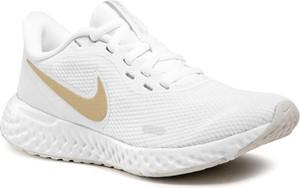 Buty sportowe Nike sznurowane revolution z płaską podeszwą
