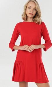 Czerwona sukienka born2be trapezowa mini