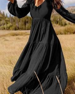 Czarna sukienka Kendallme w stylu boho z dekoltem w kształcie litery v maxi