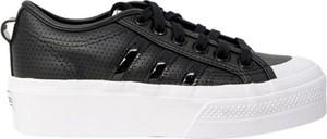 Buty sportowe Adidas na platformie w sportowym stylu sznurowane