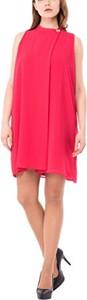 Różowa sukienka amazon.de z okrągłym dekoltem mini