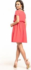 Sukienka Tessita z okrągłym dekoltem