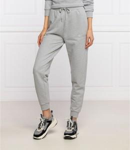 Spodnie sportowe Guess w sportowym stylu z dresówki
