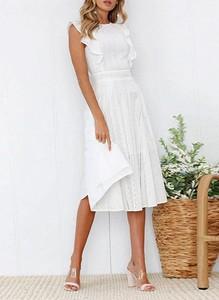 Sukienka Cikelly bez rękawów midi z okrągłym dekoltem
