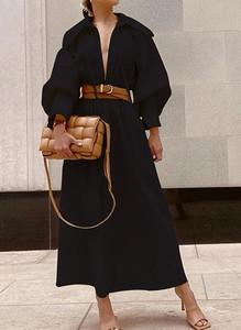 Czarna sukienka Cikelly z dekoltem w kształcie litery v maxi z długim rękawem