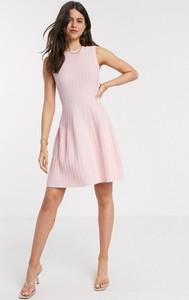 Różowa sukienka Ted Baker mini