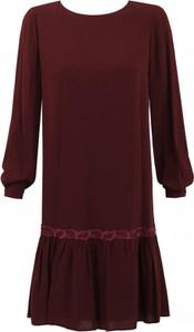 Czerwona sukienka Premiera Dona z długim rękawem z tkaniny