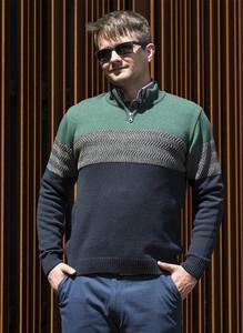 Sweter M. Lasota w młodzieżowym stylu