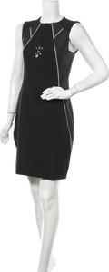 Czarna sukienka La Mode Est A Vous ze skóry mini