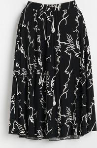Czarna spódnica Reserved w stylu casual midi