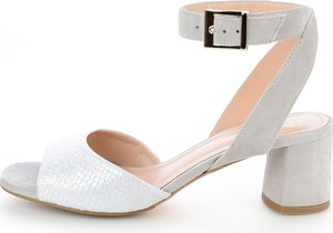 Sandały Prima Moda z klamrami z zamszu w stylu casual