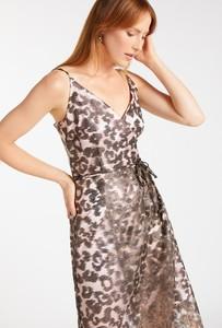Złota sukienka Monnari asymetryczna